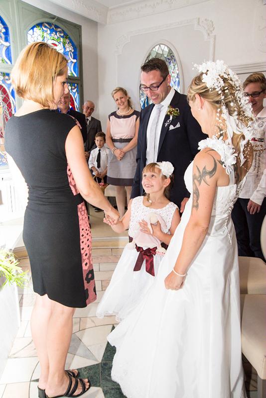 Hochzeit im Standesamt mit Familie